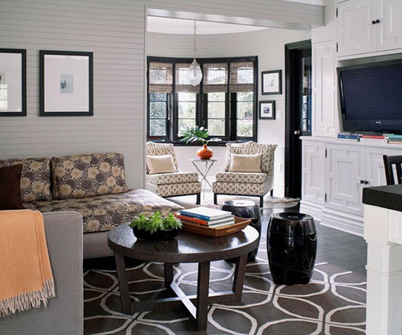 mixing-patterns-florals-and-geometrics-bhg